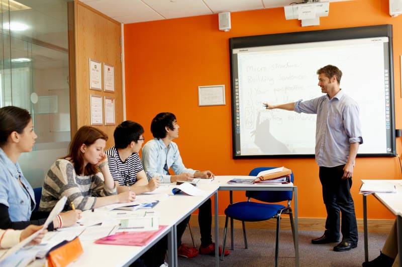 academia inglés ec Brighton